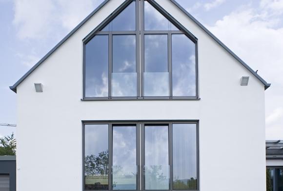 Fratelli ricchiuti partner sch co infissi in alluminio - La casa con le finestre che ridono ...