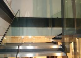 Rivestimento gradini con acciaio inox