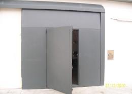 Particolare portone EBE65, apertura dall'interno